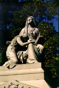 cedar hill cemetery hartford ct - sculpture in mourning monument